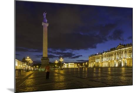Palace Square, the Hermitage, Winter Palace, St. Petersburg, Russia-Gavin Hellier-Mounted Photographic Print