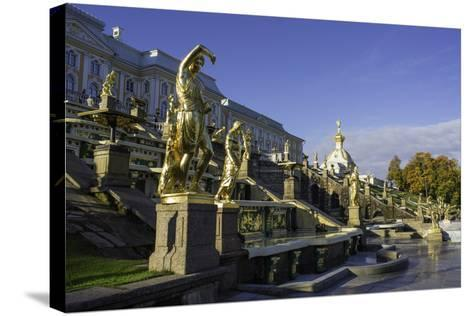 Petrodvorets (Peterhof) (Summer Palace), Near St. Petersburg, Russia-Gavin Hellier-Stretched Canvas Print