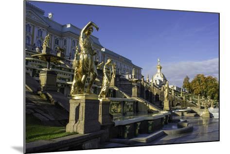 Petrodvorets (Peterhof) (Summer Palace), Near St. Petersburg, Russia-Gavin Hellier-Mounted Photographic Print