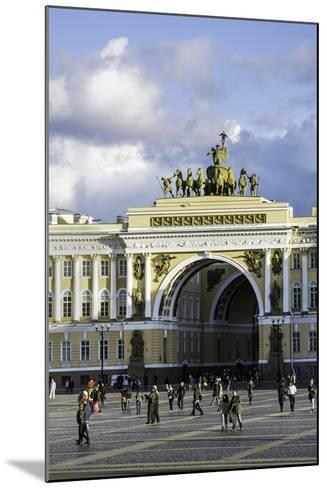 General Staff Building, Hermitage Square, St. Petersburg, Russia-Gavin Hellier-Mounted Photographic Print
