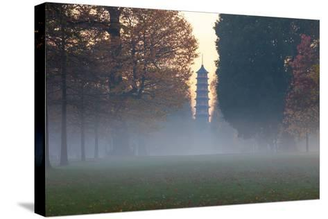 The Pagoda at Twilight in Kew Gardens, UNESCO World Heritage Site, Kew, Greater London, England, UK-Simon Montgomery-Stretched Canvas Print