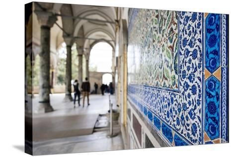 Interior of Topkapi Palace, Sultanahmet, Istanbul, Turkey-Ben Pipe-Stretched Canvas Print