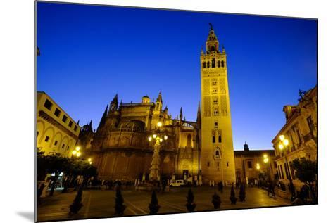 Seville Cathedral and Giralda, Seville, Andalucia, Spain-Carlo Morucchio-Mounted Photographic Print