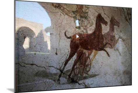Roman Chariot Fresco, Ancient Ostia (Ostia Antica), Rome, Lazio, Italy, Europe-Oliviero Olivieri-Mounted Photographic Print