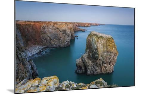 Stack Rocks, Castlemartin, Pembrokeshire, Wales, United Kingdom-Billy Stock-Mounted Photographic Print