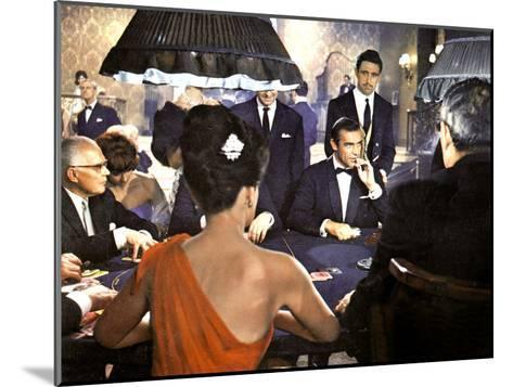 James Bond 007 Contre Docteur No Dr. No De Terenceyoung Avec Sean Connery 1962--Mounted Photo