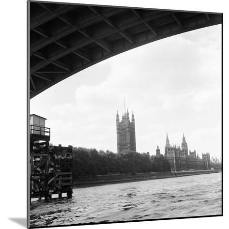 Houses of Parliament. 21st August 1971-Staff-Mounted Photographic Print