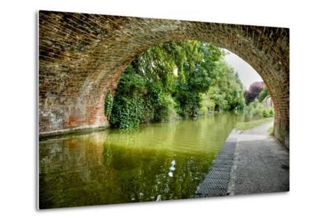 The Bridge at Hungerford-Tim Kahane-Metal Print
