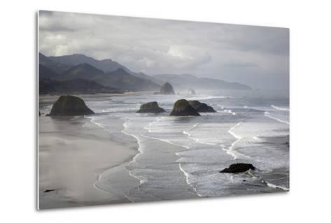 Cannon Beach and Haystack Rock, Crescent Beach, Ecola State Park, Oregon, USA-Jamie & Judy Wild-Metal Print