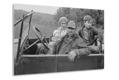 A Destitute Family with Their Old Car in Ozark Mountains During the Great Depression. Oct, 1935--Metal Print