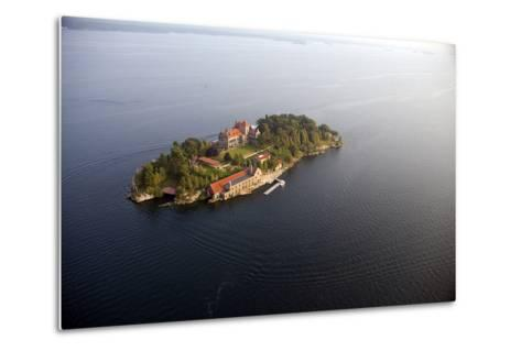 Singer Castle On Dark Island in Thousand Islands-Will Van Overbeek-Metal Print