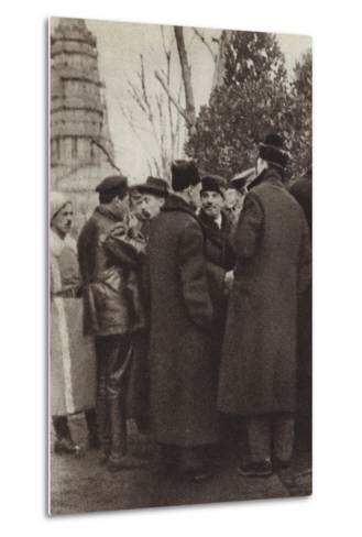 Lenin in Red Square, Moscow, 7 November 1918--Metal Print