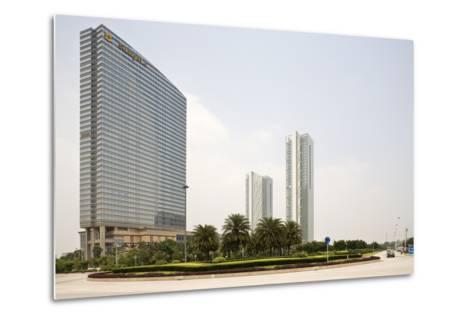 Shangri-La Hotel, Pazhou, Guangzhou, China--Metal Print