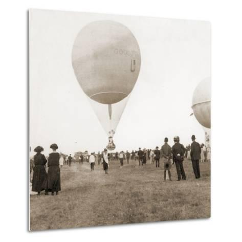 Spectators at a Balloon Race in Texas, Usa 1932--Metal Print