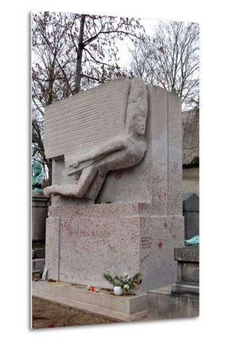 The Tomb of Oscar Wilde, P?re Lachaise Cemetery, Paris, France--Metal Print
