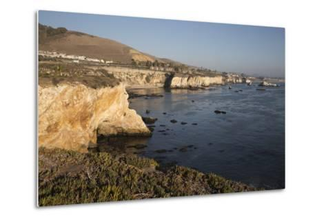 Rocky Coastline Looking Towards Pismo Beach-Stuart-Metal Print