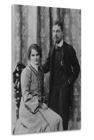 Rainer Maria Rilke and Clara Westhoff in Rome, 1903--Metal Print