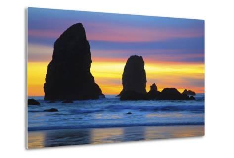 Sunset at Low Tide, Needles, Canon Beach, Oregon Coast-Craig Tuttle-Metal Print