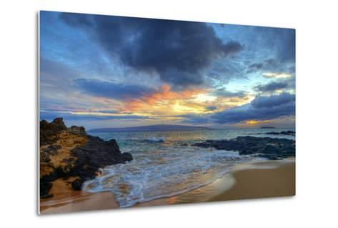 Sunset over Secret Beach at Makena on Maui-Ron Dahlquist-Metal Print