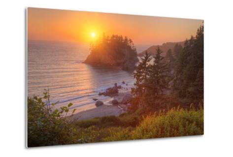 Setting Sun at Trinidad, Northern California Coast-Vincent James-Metal Print