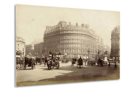 The Grand Hotel, Trafalgar Square, London, C.1885--Metal Print
