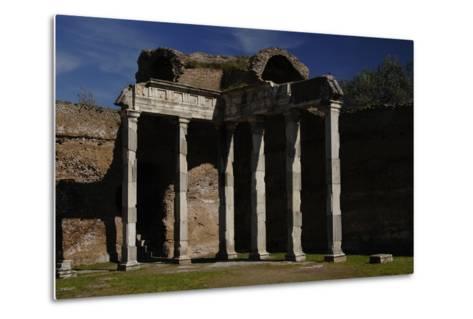 Hadrian's Villa, 2nd Century, Hall with Doric Pillars, Italy--Metal Print