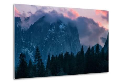 Valley Sunset, Yosemite National Park, California-Vincent James-Metal Print