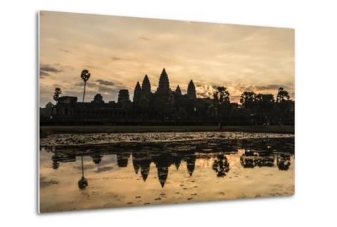 Sunrise over the West Entrance to Angkor Wat, Angkor, Siem Reap, Cambodia-Michael Nolan-Metal Print