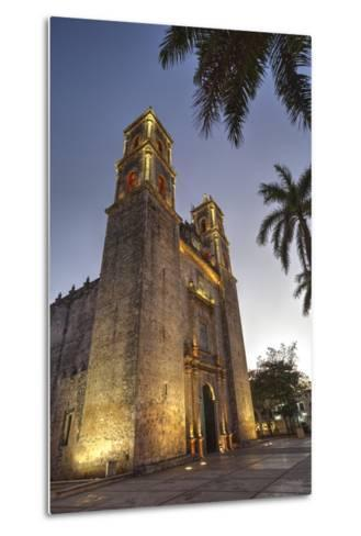 Cathedral De San Gervasio, Completed in 1570, Valladolid, Yucatan, Mexico, North America-Richard Maschmeyer-Metal Print