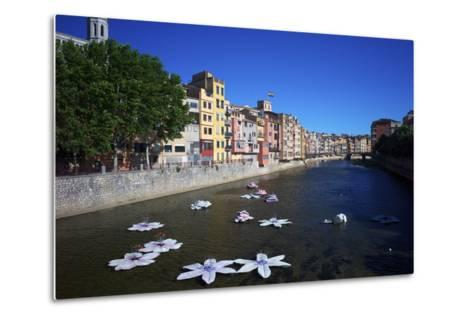 River Onyar During the Flower Festival, Girona, Catalonia, Spain-Rob Cousins-Metal Print