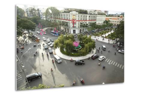 Traffic Intersection Nguyen Hue Boulevard and Le Loi Boulevard, Ho Chi Minh City (Saigon), Vietnam-Yadid Levy-Metal Print