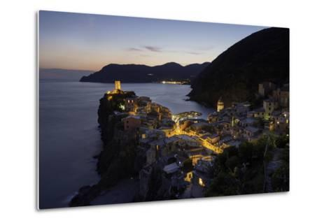 Vernazza in the Evening, Cinque Terre, UNESCO World Heritage Site, Liguria, Italy, Europe-Gavin Hellier-Metal Print
