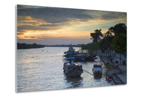 Boats on Ben Tre River at Sunset, Ben Tre, Mekong Delta, Vietnam, Indochina, Southeast Asia, Asia-Ian Trower-Metal Print