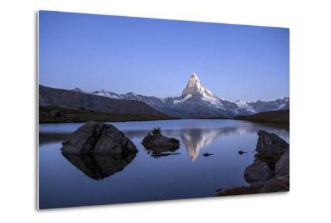 The Matterhorn Reflected in Stellisee at Sunrise-Roberto Moiola-Metal Print