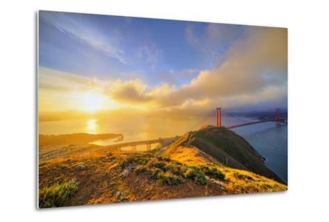 First Light at Golden Gate Bridge, San Francisco-Vincent James-Metal Print