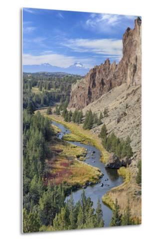 Crooked River, Smith Rock State Park, Oregon, USA-Jamie & Judy Wild-Metal Print