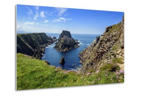 Malin Head in Inishowen, Donegal-Chris Hill-Metal Print