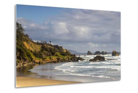 Indian Beach at Ecola State Park in Cannon Beach, Oregon, USA-Chuck Haney-Metal Print
