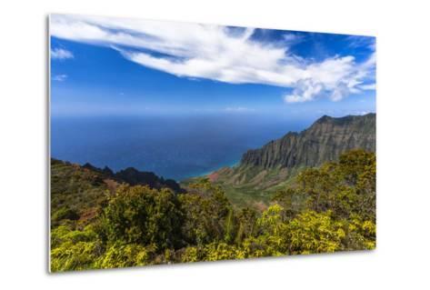 Kalalau Valley Overlook in Kauai-Andrew Shoemaker-Metal Print