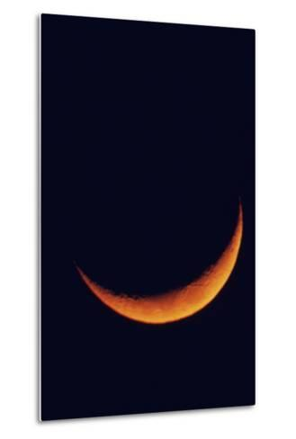 Crescent Moon Setting-Roger Ressmeyer-Metal Print