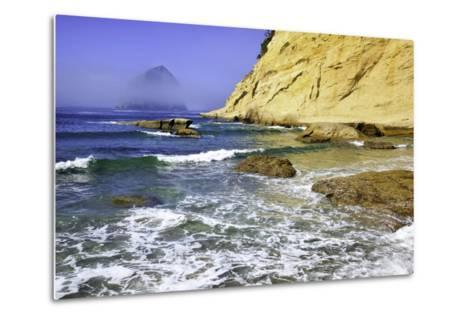 Haystack Rock, Cape Kiwanda, Oregon Coast, Pacific Ocean, Pacific Northwest-Craig Tuttle-Metal Print