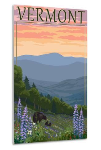 Vermont - Spring Flowers and Bear Family-Lantern Press-Metal Print