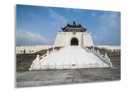 Chiang Kai-Shek Memorial Hall, Taipei, Taiwan, Asia-Michael Runkel-Metal Print