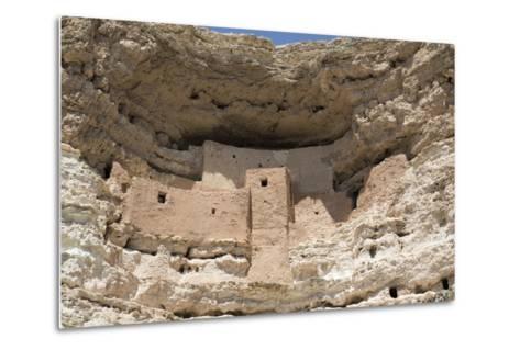 Cliff Dwelling of Southern Sinagua Farmers-Richard Maschmeyer-Metal Print