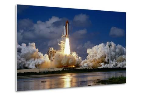 Launch of the Space Shuttle Discovery-Roger Ressmeyer-Metal Print