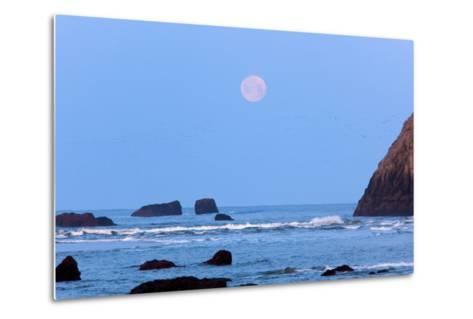 Moon Set over Rock Formations at Low Tide, Bandon Beach, Oregon, USA-Craig Tuttle-Metal Print