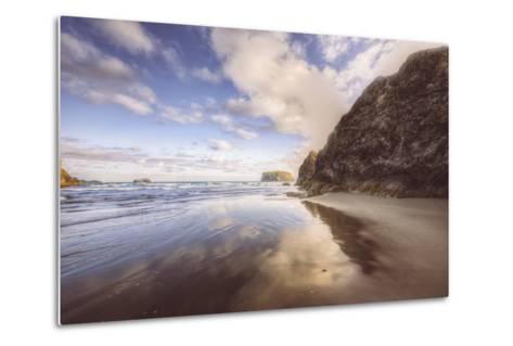 Beachscape at Lovely Bandon Beach, Oregon Coast-Vincent James-Metal Print