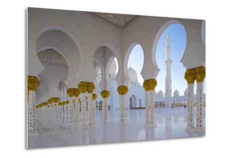 Sheikh Zayed Bin Sultan Al Nahyan Mosque, Abu Dhabi, United Arab Emirates, Middle East-Frank Fell-Metal Print
