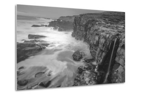 Blustery Sonoma Seascape, California Coast-Vincent James-Metal Print