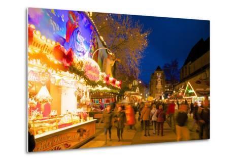 Christmas Market at Dusk, Willy Brandt Platz, Dortmund, North Rhine-Westphalia, Germany, Europe-Frank Fell-Metal Print